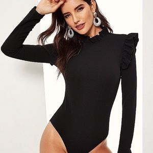 "❄️New! ""Ruffle Me Please"" Black Trimming Bodysuit"